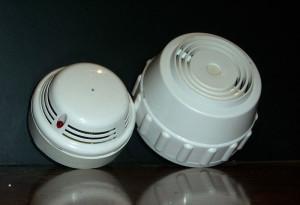 Дымовые извещатели - разбираемся в разнообразии оборудования