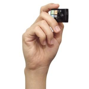 1271405638_chobi-mini-digital-camera-003
